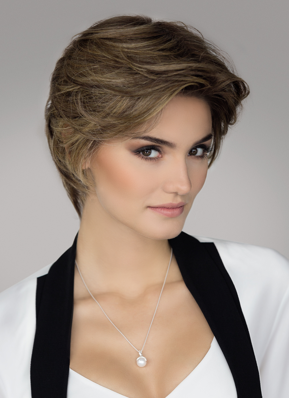 Allure | This perfectly designed short wig is full and can be styled straight or curly as it is made with Ellen Wille's innovative Prime Hair Blend