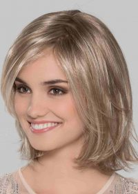 Super lightweight and ready to wear wig. She has long layers throughout and hit's perfect at the shoulders