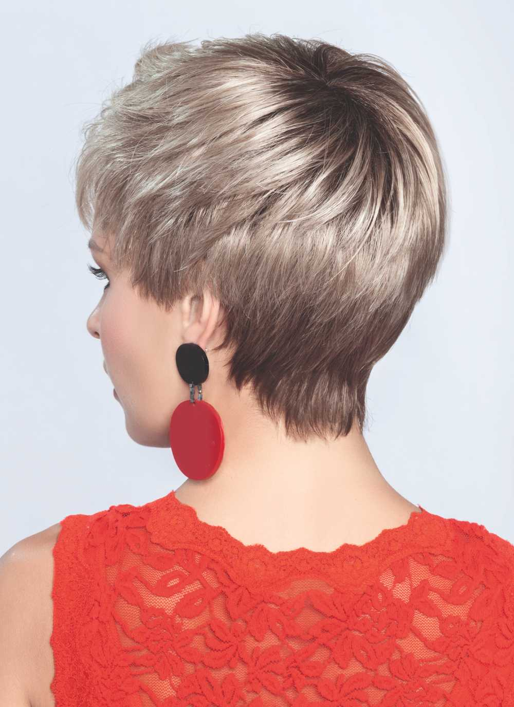 Point   Snugly fit into your neckline