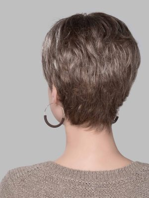 The Solitar Mono also blends beautifully down to a neck-hugging nape