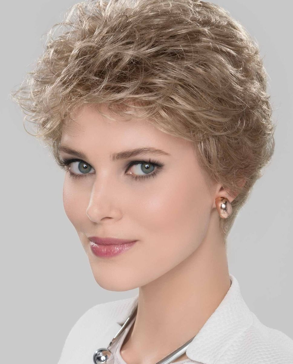 Viva Plus by Ellen Wille | The lace front adds a completely realistic touch, allowing you to style hair away from your face.