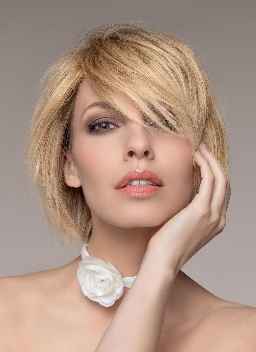 DIA by ELLEN WILLE in CHAMPAGNE MIX | Light Beige Blonde, Medium Honey Blonde, and Platinum Blonde blend